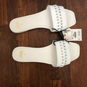 BRAND NEW ZARA FAUX LEATHER GEO CUT OUT SLIDE